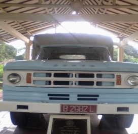 truk dodge
